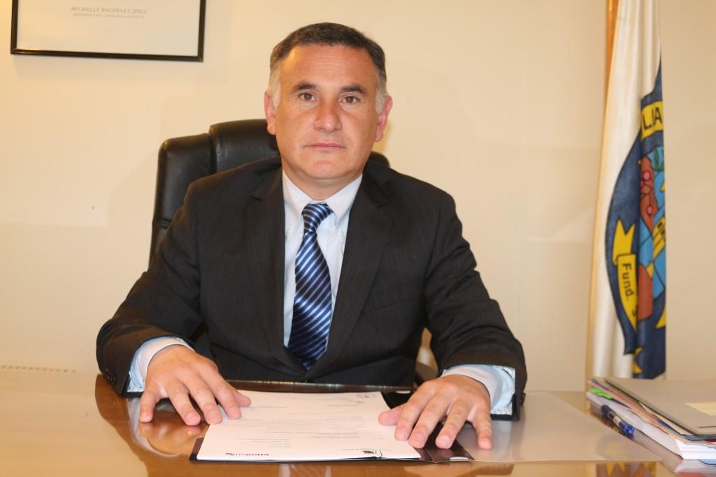 Alcalde Fernando Oyarzun
